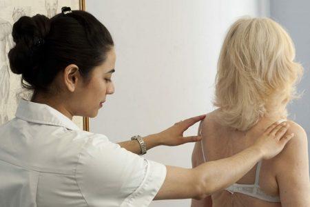 Female-Osteopath-and-Elderly-Lady